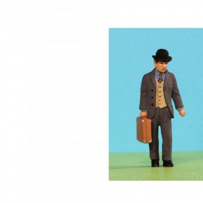 - 0 Gauge Coach Figures - A039 Resin
